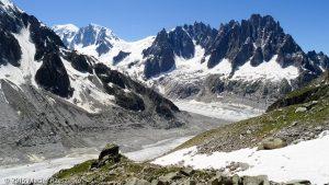 Refuge du Couvercle · Alpes, Massif du Mont-Blanc, Mer de Glace, FR · GPS 45°54'36.71'' N 6°57'55.03'' E · Altitude 2647m