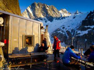 Refuge de Leschaux · Alpes, Massif du Mont-Blanc, Mer de Glace, FR · GPS 45°53'42.06'' N 6°58'51.53'' E · Altitude 2451m