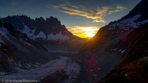 Refuge de Leschaux · Alpes, Massif du Mont-Blanc, Mer de Glace, FR · GPS 45°53'41.75'' N 6°58'51.19'' E · Altitude 2451m