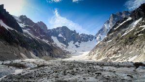 Glacier de Leschaux · Alpes, Massif du Mont-Blanc, Mer de Glace, FR · GPS 45°53'54.49'' N 6°58'1.88'' E · Altitude 2196m