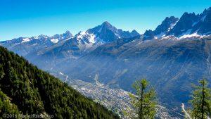 Vers le Refuge de Bel Lachat · Alpes, Aiguilles Rouges, FR · GPS 45°55'0.07'' N 6°49'39.72'' E · Altitude 1867m