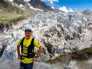 Glacier d'Argentière · Alpes, Massif du Mont-Blanc, Vallée de Chamonix, FR · GPS 45°58'5.14'' N 6°57'47.63'' E · Altitude 2147.6706m