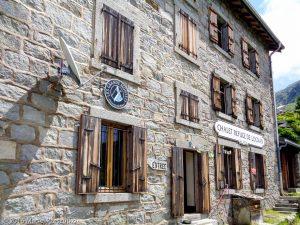 Refuge de Lognan · Alpes, Massif du Mont-Blanc, Vallée de Chamonix, FR · GPS 45°58'14.14'' N 6°57'23.52'' E · Altitude 2003m