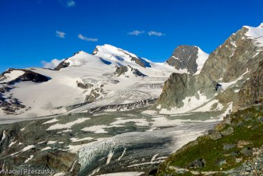 Britanniahütte · Alpes, Alpes valaisannes, Massif de l'Allalin, CH · GPS 46°3'35.84'' N 7°56'6.04'' E · Altitude 2978m