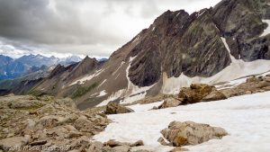 Refuge Robert Blanc · Alpes, Massif du Mont-Blanc, FR · GPS 45°45'55.23'' N 6°46'28.72'' E · Altitude 2750m