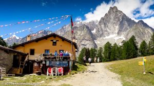 Col Chécrouit · Alpes, Massif du Mont-Blanc, Val Veny, IT · GPS 45°47'27.09'' N 6°55'53.11'' E · Altitude 2000m