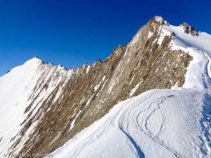 Arête NE du Nadelhorn · Alpes, Alpes valaisannes, Massif de Michabel, CH · GPS 46°6'43.60'' N 7°52'0.65'' E · Altitude 4098m