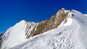 Arête NE du Nadelhorn · Alpes, Alpes valaisannes, Massif de Michabel, CH · GPS 46°6'49.69'' N 7°52'9.83'' E · Altitude 3994m