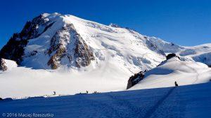 Refuge des Cosmiques · Alpes, Massif du Mont-Blanc, FR · GPS 45°52'28.18'' N 6°53'9.42'' E · Altitude 3585m