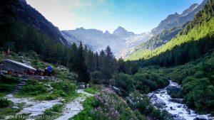 Chalet du Glacier · Alpes, Valais, Massif du Mont-Blanc, CH · GPS 46°1'56.09'' N 7°0'31.92'' E · Altitude 1578m