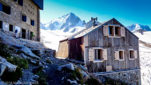 Refuge Albert 1er · Alpes, Massif du Mont-Blanc, Vallée de Chamonix, FR · GPS 45°59'48.20'' N 6°59'11.58'' E · Altitude 2666m