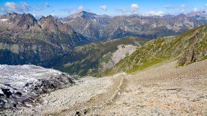 Refuge Albert 1er · Alpes, Massif du Mont-Blanc, Vallée de Chamonix, FR · GPS 45°59'47.74'' N 6°59'12.47'' E · Altitude 2666m