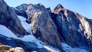Sous la Crête de la Hourquette · Pyrénées, Hautes-Pyrénées, Vallée de Gaube, FR · GPS 42°46'54.37'' N 0°8'3.62'' W · Altitude 2560m