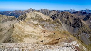 Petit Vignemale · Pyrénées, Hautes-Pyrénées, Vallée d'Ossoue, FR · GPS 42°46'31.21'' N 0°8'4.48'' W · Altitude 3007m