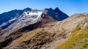 Col de Labas · Pyrénées, Hautes-Pyrénées, Vallée d'Ossoue, FR · GPS 42°46'58.28'' N 0°7'1.19'' W · Altitude 2732m