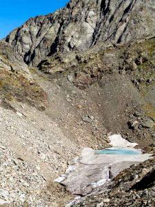 Col de Labas · Pyrénées, Hautes-Pyrénées, Vallée d'Ossoue, FR · GPS 42°47'0.52'' N 0°6'57.80'' W · Altitude 2727m