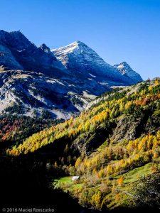 Gavarnie · Pyrénées, Hautes-Pyrénées, Gavarnie, FR · GPS 42°43'50.24'' N 0°0'29.05'' W · Altitude 1407m