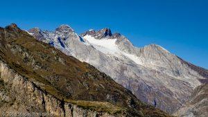 Plateau de Pailla · Pyrénées, Hautes-Pyrénées, Gavarnie, FR · GPS 42°43'14.08'' N 0°0'20.60'' E · Altitude 1789m