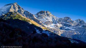 Gavarnie · Pyrénées, Hautes-Pyrénées, Gavarnie, FR · GPS 42°43'23.21'' N 0°0'26.81'' W · Altitude 1391m