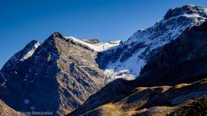 Cirque de Gavarnie · Pyrénées, Hautes-Pyrénées, Gavarnie, FR · GPS 42°42'39.05'' N 0°2'41.66'' W · Altitude 1964m