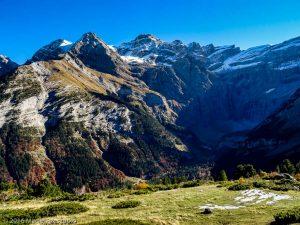 Cirque de Gavarnie · Pyrénées, Hautes-Pyrénées, Gavarnie, FR · GPS 42°43'3.46'' N 0°1'2.44'' W · Altitude 1699m