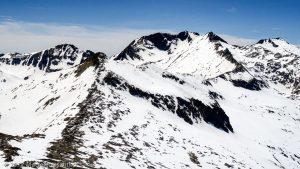Pointe de Rabassère · Pyrénées, Ariège, Valée d'Ustou, FR · GPS 42°43'27.39'' N 1°19'31.16'' E · Altitude 2568m