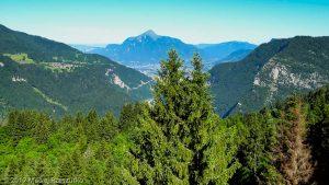 Les Carroz d'Arâches · Alpes, Préalpes de Savoie, Massif du Giffre, FR · GPS 46°1'54.30'' N 6°37'40.21'' E · Altitude 1123.7m