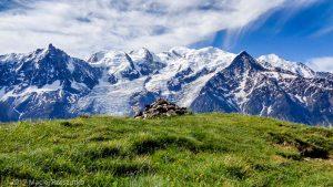 Refuge de Bel Lachat · Alpes, Aiguilles Rouges, FR · GPS 45°55'19.69'' N 6°49'43.19'' E · Altitude 2131m