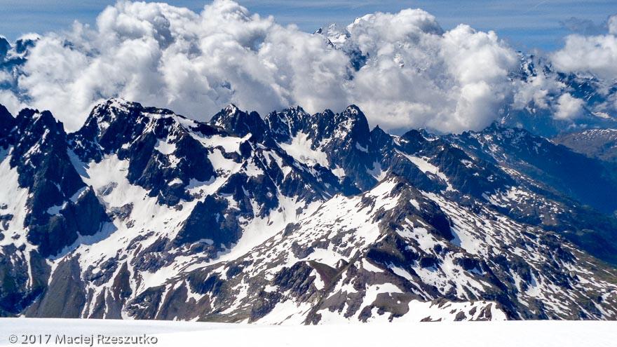 Mont Buet · Alpes, Aiguilles Rouges, Vallon de Bérard, FR · GPS 46°1'28.77'' N 6°51'10.28'' E · Altitude 3096m