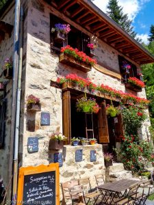 La Floria · Alpes, Aiguilles Rouges, Vallée de Chamonix, FR · GPS 45°56'45.90'' N 6°52'40.59'' E · Altitude 1383m