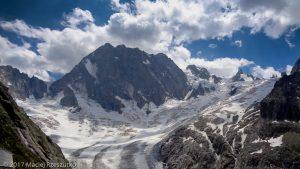 Refuge de Leschaux · Alpes, Massif du Mont-Blanc, Vallée de Chamonix, FR · GPS 45°53'41.77'' N 6°58'51.46'' E · Altitude 2344m