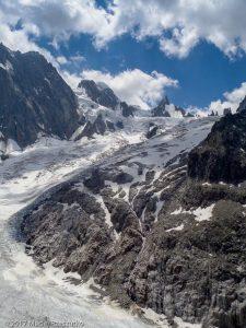 Refuge de Leschaux · Alpes, Massif du Mont-Blanc, Vallée de Chamonix, FR · GPS 45°53'41.61'' N 6°58'51.44'' E · Altitude 2343m