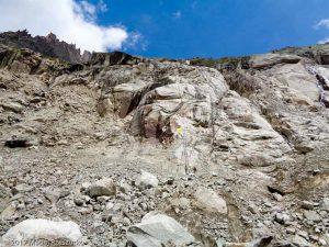 Refuge de Leschaux · Alpes, Massif du Mont-Blanc, Vallée de Chamonix, FR · GPS 45°53'38.56'' N 6°58'46.68'' E · Altitude 2215m