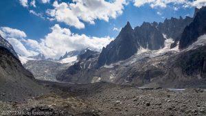 Glacier de Leschaux · Alpes, Massif du Mont-Blanc, Vallée de Chamonix, FR · GPS 45°54'1.86'' N 6°56'52.85'' E · Altitude 2002m