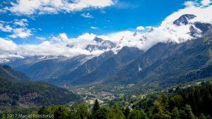 Granges des Chavants · Alpes, Massif du Mont-Blanc, Vallée de Chamonix, FR · GPS 45°53'45.94'' N 6°45'53.30'' E · Altitude 1277m