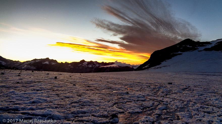 Allalingletscher · Alpes, Alpes valaisannes, Vallée de Saas, CH · GPS 46°2'22.03'' N 7°54'16.75'' E · Altitude 3213m