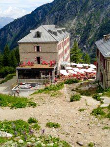 Montenvers · Alpes, Massif du Mont-Blanc, Vallée de Chamonix, FR · GPS 45°55'57.84'' N 6°55'0.71'' E · Altitude 1933m