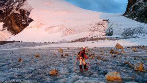 Allalingletscher · Alpes, Alpes valaisannes, Vallée de Saas, CH · GPS 46°2'26.35'' N 7°54'13.02'' E · Altitude 3217m