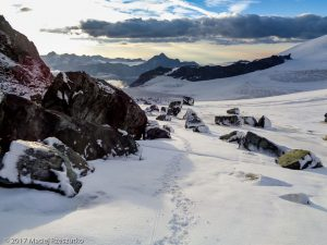 Allalinpass · Alpes, Alpes valaisannes, Vallée de Saas, CH · GPS 46°2'18.23'' N 7°53'25.85'' E · Altitude 3430m