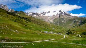 Ville des Glaciers · Alpes, Massif du Mont-Blanc, FR · GPS 45°43'28.33'' N 6°45'54.71'' E · Altitude 1827m