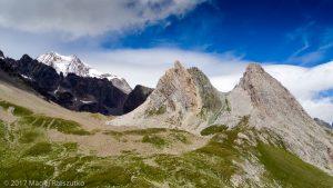 Pyramides Calcaires · Alpes, Massif du Mont-Blanc, IT · GPS 45°45'9.13'' N 6°48'55.50'' E · Altitude 2423m