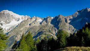Refuge Bertone · Alpes, Massif du Mont-Blanc, IT · GPS 45°48'37.35'' N 6°58'46.50'' E · Altitude 2048m