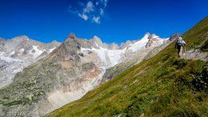 Montée au Grand Col Ferret · Alpes, Massif du Mont-Blanc, IT · GPS 45°52'59.28'' N 7°4'30.96'' E · Altitude 2339m