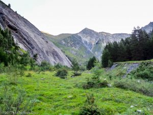 Val Sapin · Alpes, Massif du Mont-Blanc, IT · GPS 45°48'36.17'' N 7°0'0.43'' E · Altitude 1604m