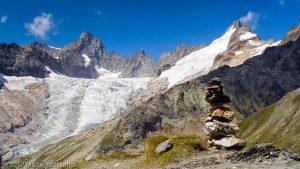 Grand Col Ferret · Alpes, Massif du Mont-Blanc, IT · GPS 45°53'23.95'' N 7°4'36.25'' E · Altitude 2489m