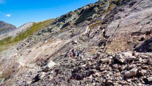 Traces des Dinosaures · Alpes, Préalpes de Savoie, Aiguilles Rouges, FR · GPS 46°2'53.05'' N 6°53'3.65'' E · Altitude 2381m