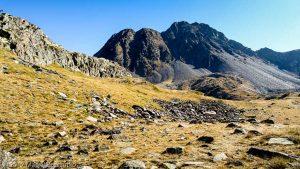Montée en direction du Carlit · Pyrénées, Pyrénées-Orientales, Massif du Carlit, FR · GPS 42°34'22.34'' N 1°55'6.67'' E · Altitude 2465m