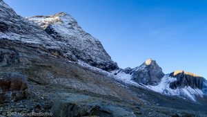Sentier sous le Taillon · Pyrénées, Hautes Pyrénées, Parc National du Mont Perdu, FR · GPS 42°42'8.51'' N 0°3'10.80'' W · Altitude 2255m