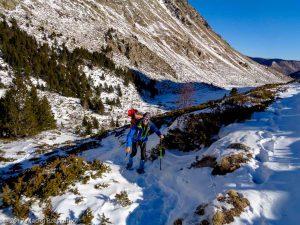 Estany de Campcardós · Pyrénées, Pyrénées-Orientales, Vallée de Campcardós, FR · GPS 42°30'30.15'' N 1°45'35.60'' E · Altitude 2146m