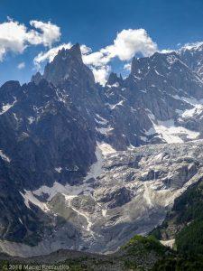 Courmayeur · Alpes, Massif du Mont-Blanc, IT · GPS 45°48'57.06'' N 6°57'22.21'' E · Altitude 1302m